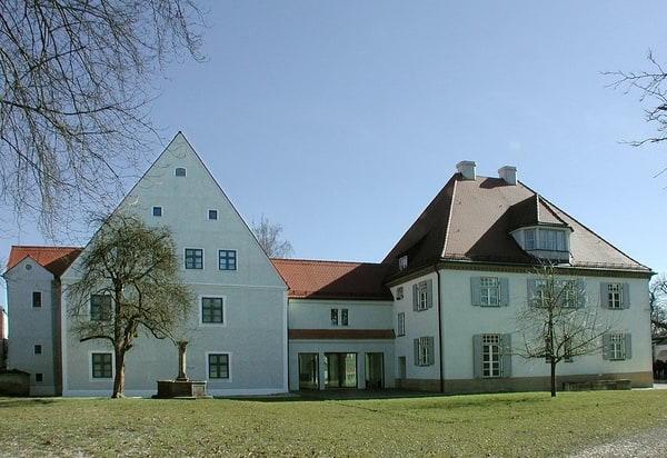 1337070_pflegschloss_schrobenhausen_002